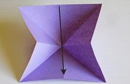 صناعة فراشة من الورق